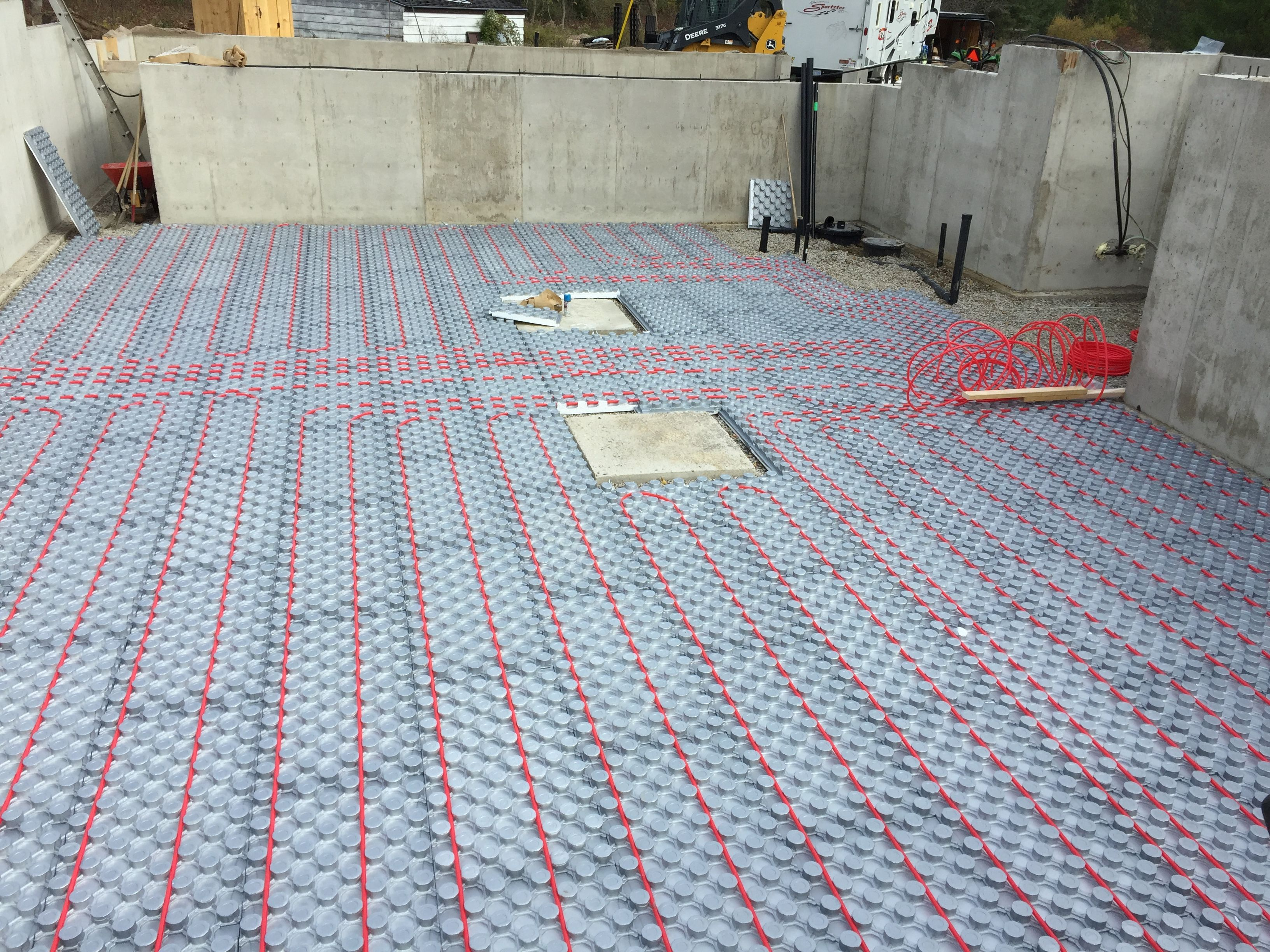 Do it yourself in floor radiant hydronic heat with hot rocks panels do it yourself in floor radiant hydronic heat with hot rocks panels and icy barrier pex solutioingenieria Choice Image
