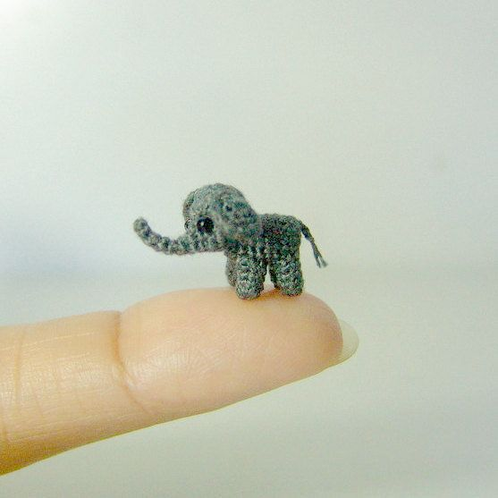 CUTE! Tiny crocheted elephant! | Häkeln | Pinterest | Häkelmuster ...