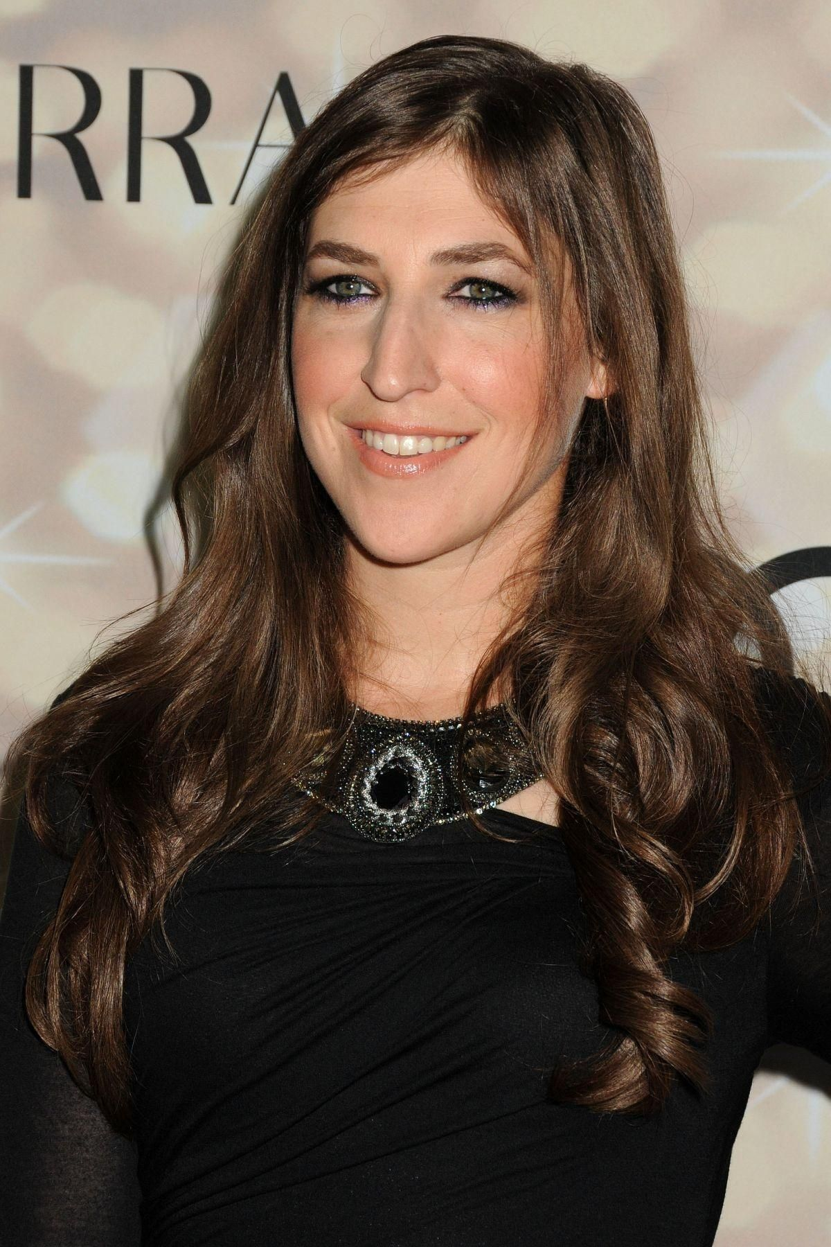 Image result for Mayim Bialik beautiful