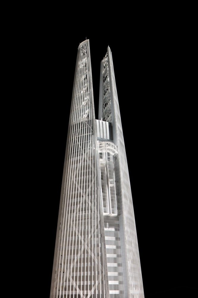 In Progress: Lotte World Tower / KPF #creative #inspiration #building #awesome #design #graphicdesign #designer #architecture #architects #picoftheday #like #follow #travel #user #interior #modern #berlin #newyork #picture #world #app #minimal #minimalism #skyscrapers #skyscraper