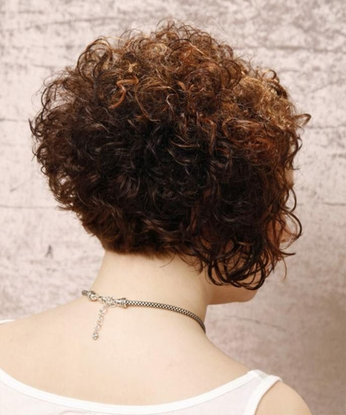 Short Stacked Curly Bob Hairstyles In 2019 Short Curly