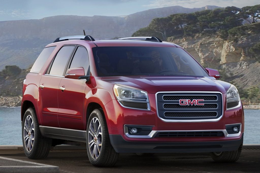 2015 Gmc Acadia Vs 2015 Chevrolet Traverse What S The Difference Autotrader Com Chevrolet Traverse Gmc Chevrolet