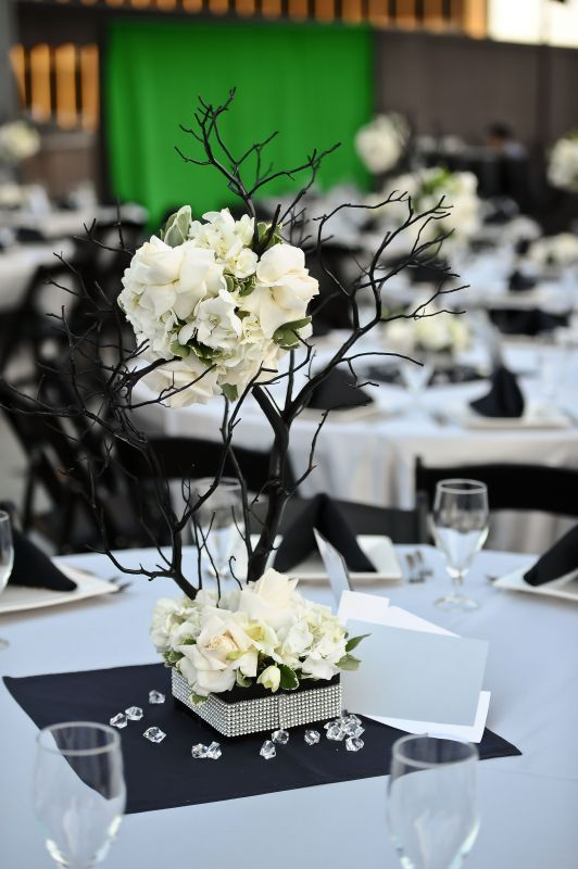 black branches centerpiece arreglos florales pinterest wedding rh pinterest com black tree branches for centerpieces DIY Iced Branches for Centerpieces
