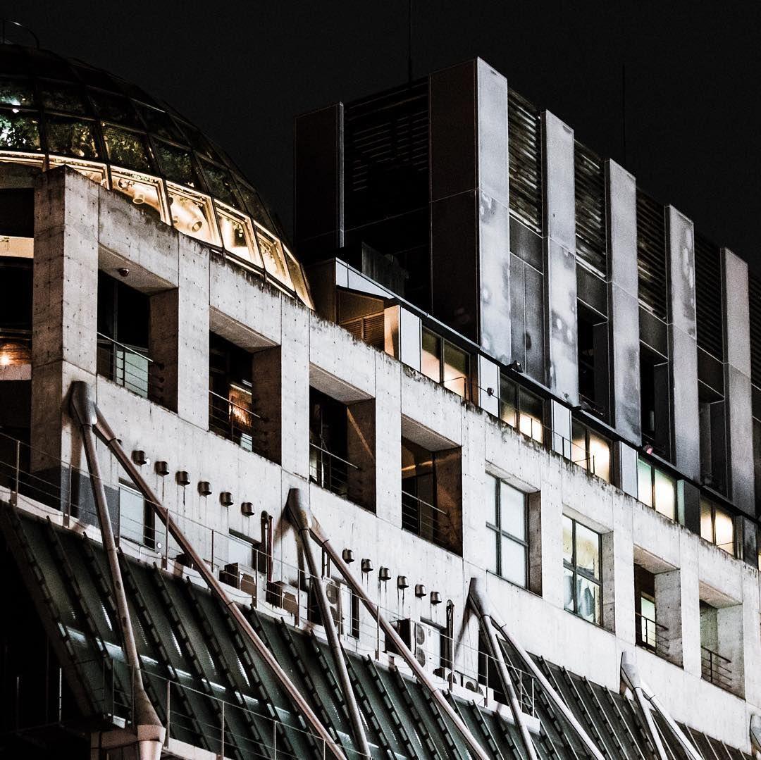 センター街を抜けて宇田川町あたりだったか  #渋谷#shibuya #街#city #建物#ビル#building #夜#night#夜景#nightview#citylights #風景#景色#picture#landscape #東京#日本#tokyo#japan#love#loves_nippon #写真好きな人と繋がりたい