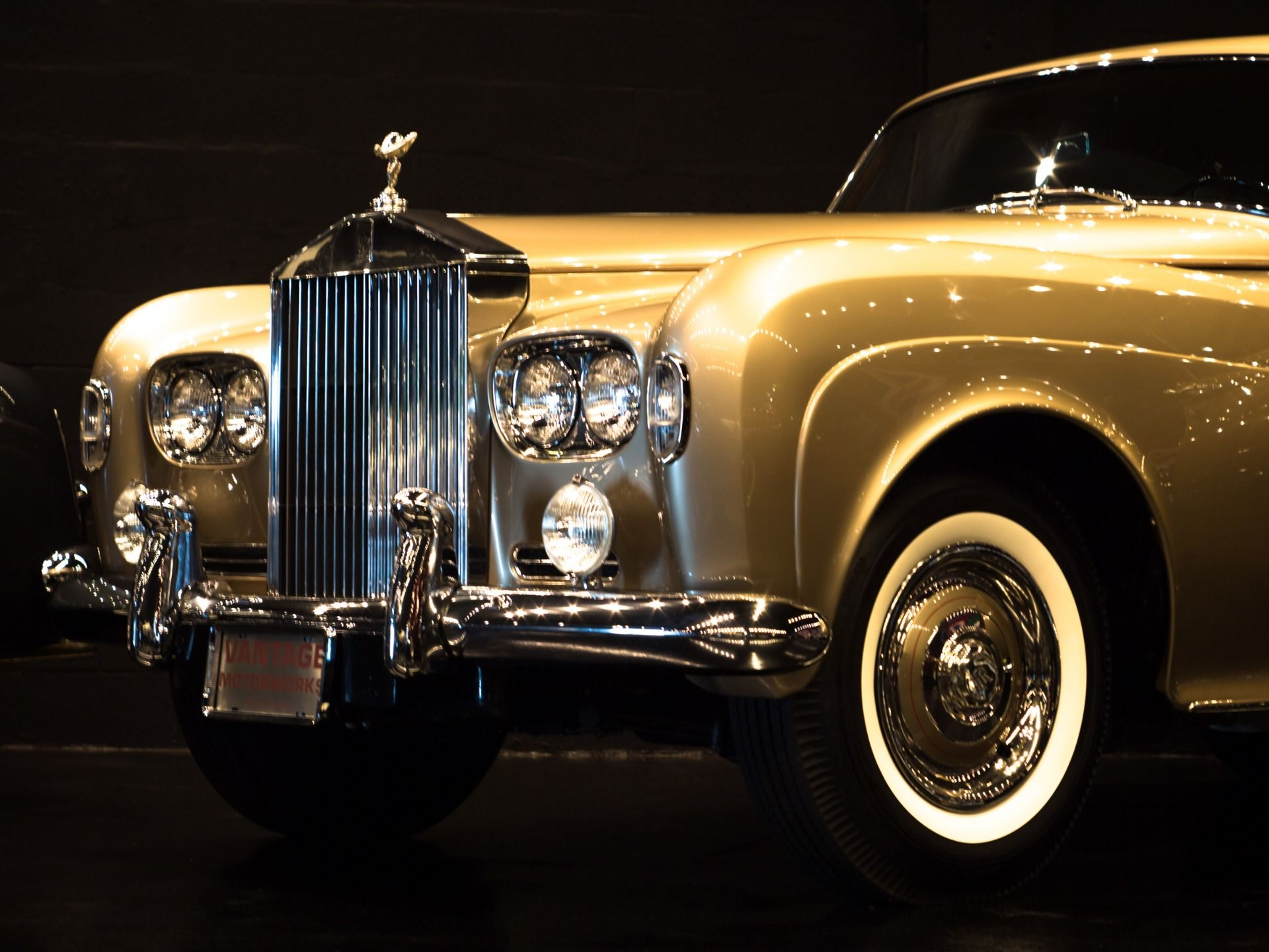 Photo of Used 1965 Rolls-Royce Silver Cloud III  For Sale (Special Pricing) | Vantage Motorworks Inc. Stock #LSGT411
