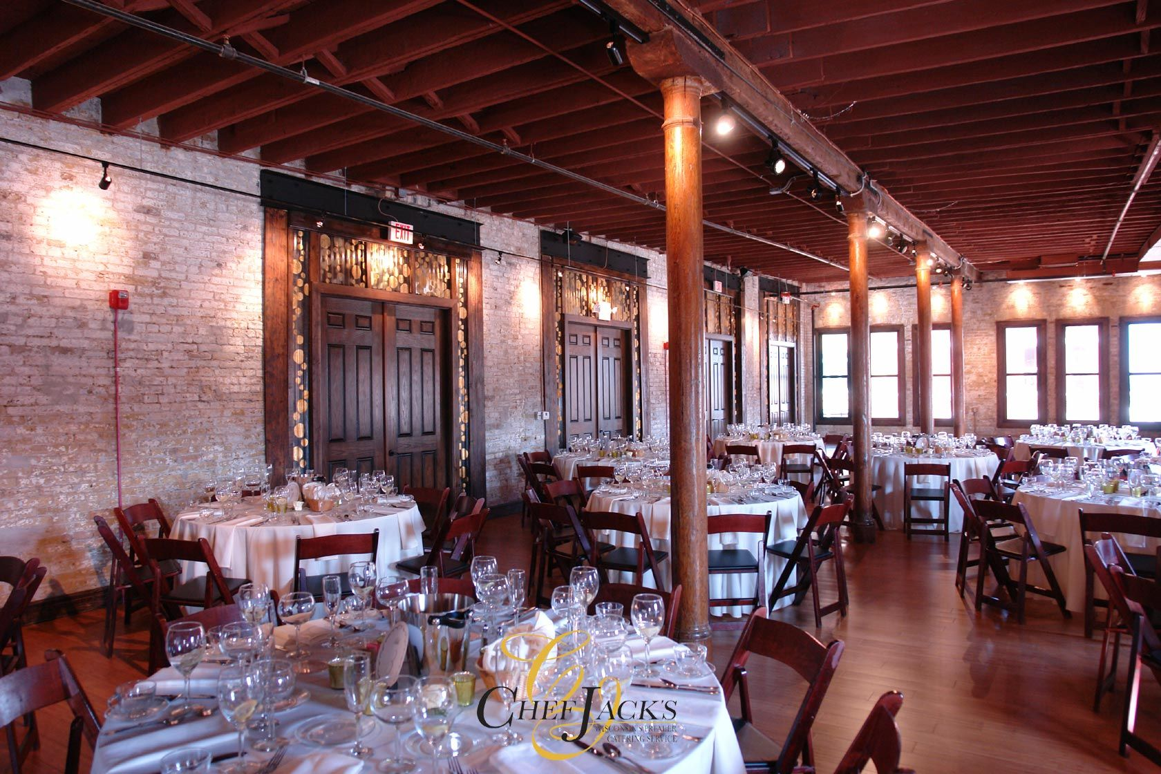Cuvee milwaukee event space erins modern wedding pinterest cuvee milwaukee event space junglespirit Image collections