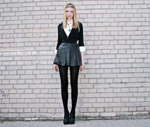 b60245531bb75 「レザースカート」のかっこいい着こなし・コーディネート レディース  - NAVER まとめ