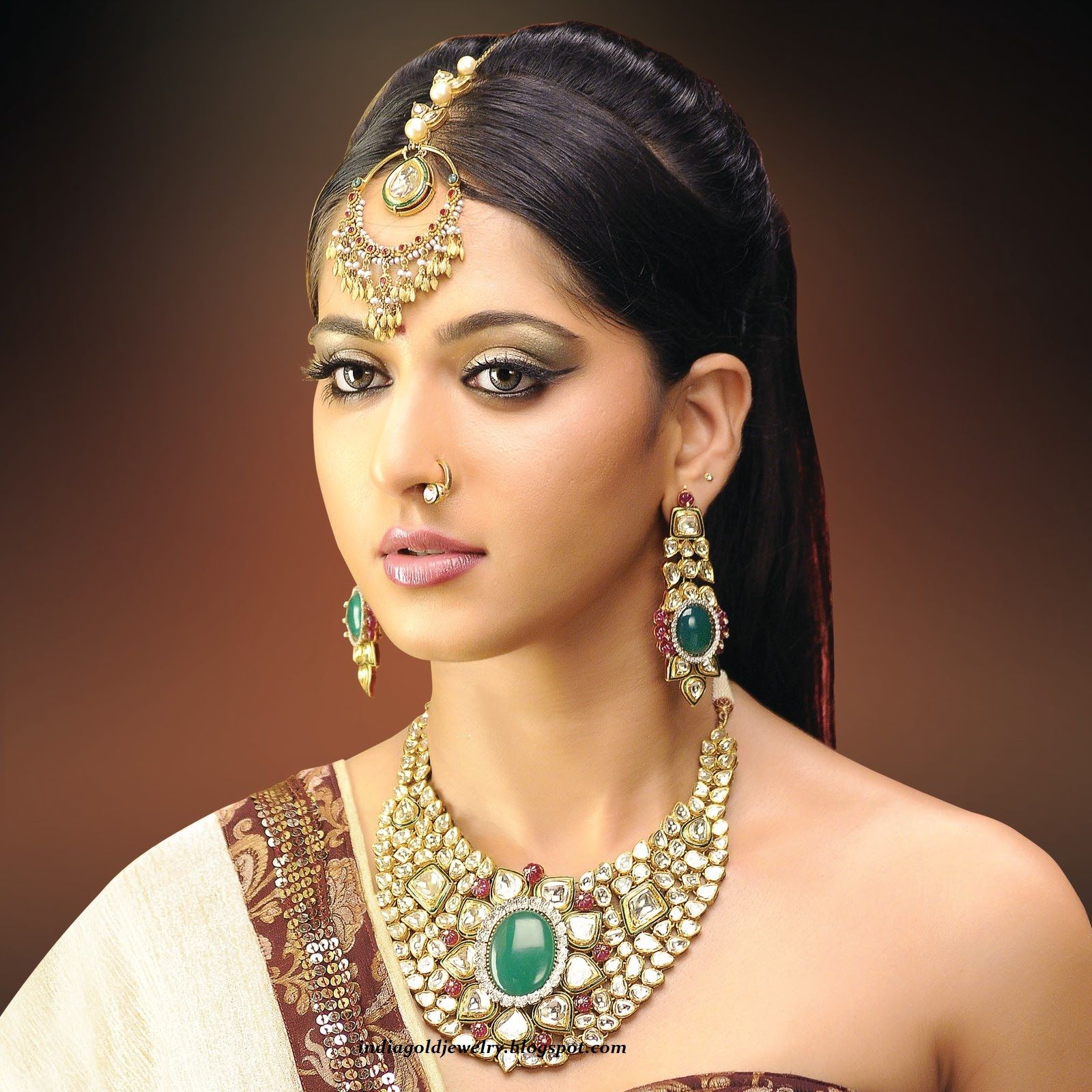 Jewels pinterest beautiful indian wedding jewellery and jewellery - Latest Indian Gold And Diamond Jewellery Designs Anushka In Bridal