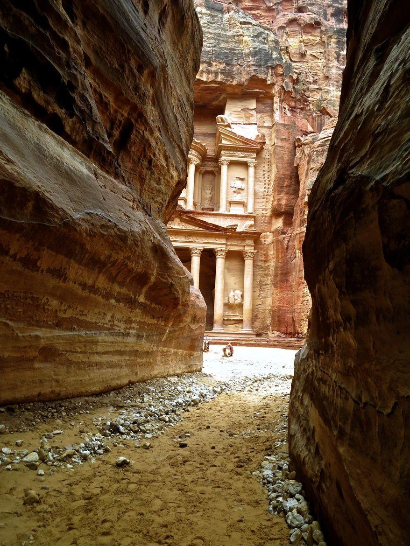 Al Khazneh, Petra, Jordan (by JM Garcia)