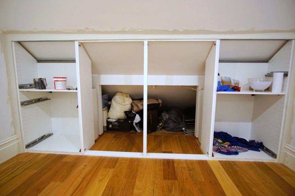 The best under-eaves wardrobe hack yet