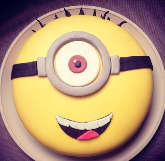 Minion cake Ashley Blackwell we should make this make birthday