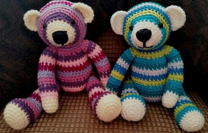 Bears together!