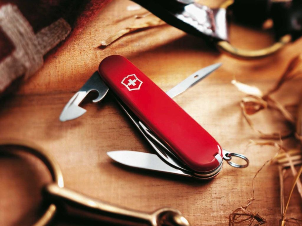 the officer 39 s knife in its purest form the victorinox spartan knife includes useful. Black Bedroom Furniture Sets. Home Design Ideas