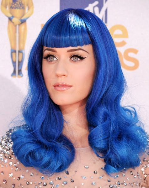 Katy Perry Blue Wig 2010 Mtv Movie Awards Jpg 475 600 Hair Color Crazy Neon Hair Hair Color Pictures
