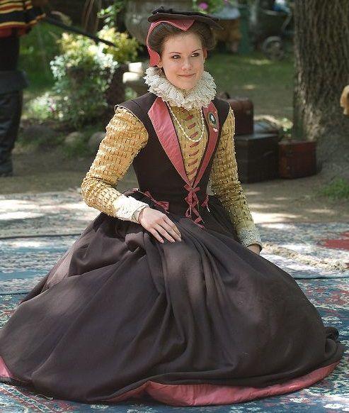 Vintage Wedding Dresses Bristol: Elizabethan Yellow And Black Gown (Bristol...