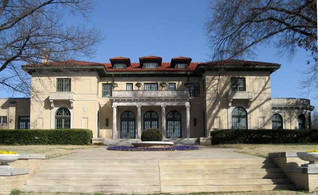 The West Side Of The Tulsa Garden Center Mansion.