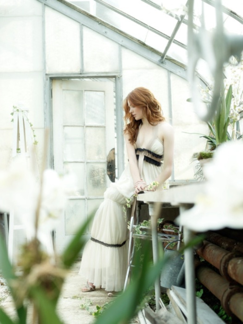 Pin By Unveiled On Inspiration Shoot 70 S Greenhouse Glamour Photographers Photoshoot Inspiration Fashion Photography