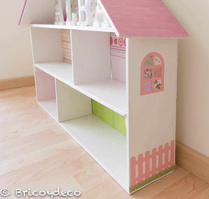 C mo hacer una librer a casa de mu ecas con una caja de - Como hacer una casa de madera para ninos ...