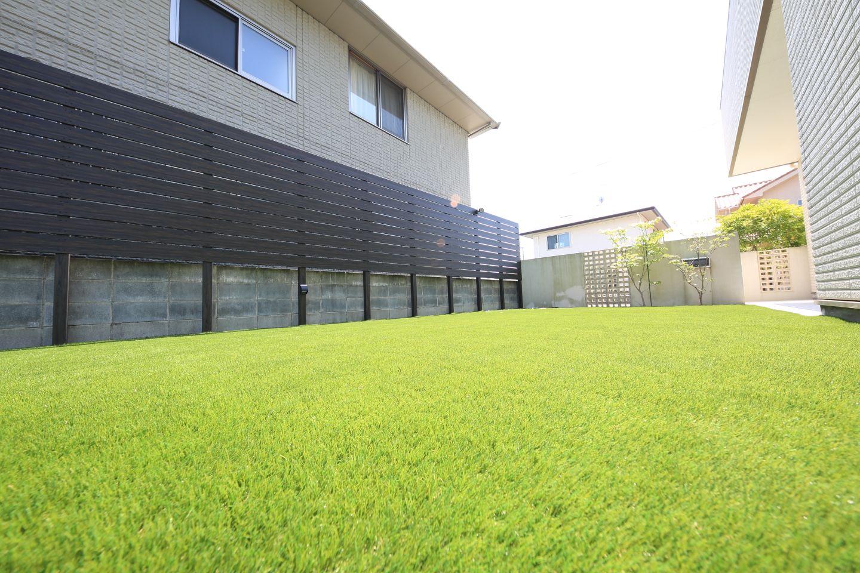 お庭 ベランダ ゴルフマット サッカー場 フットサル場の人工芝の
