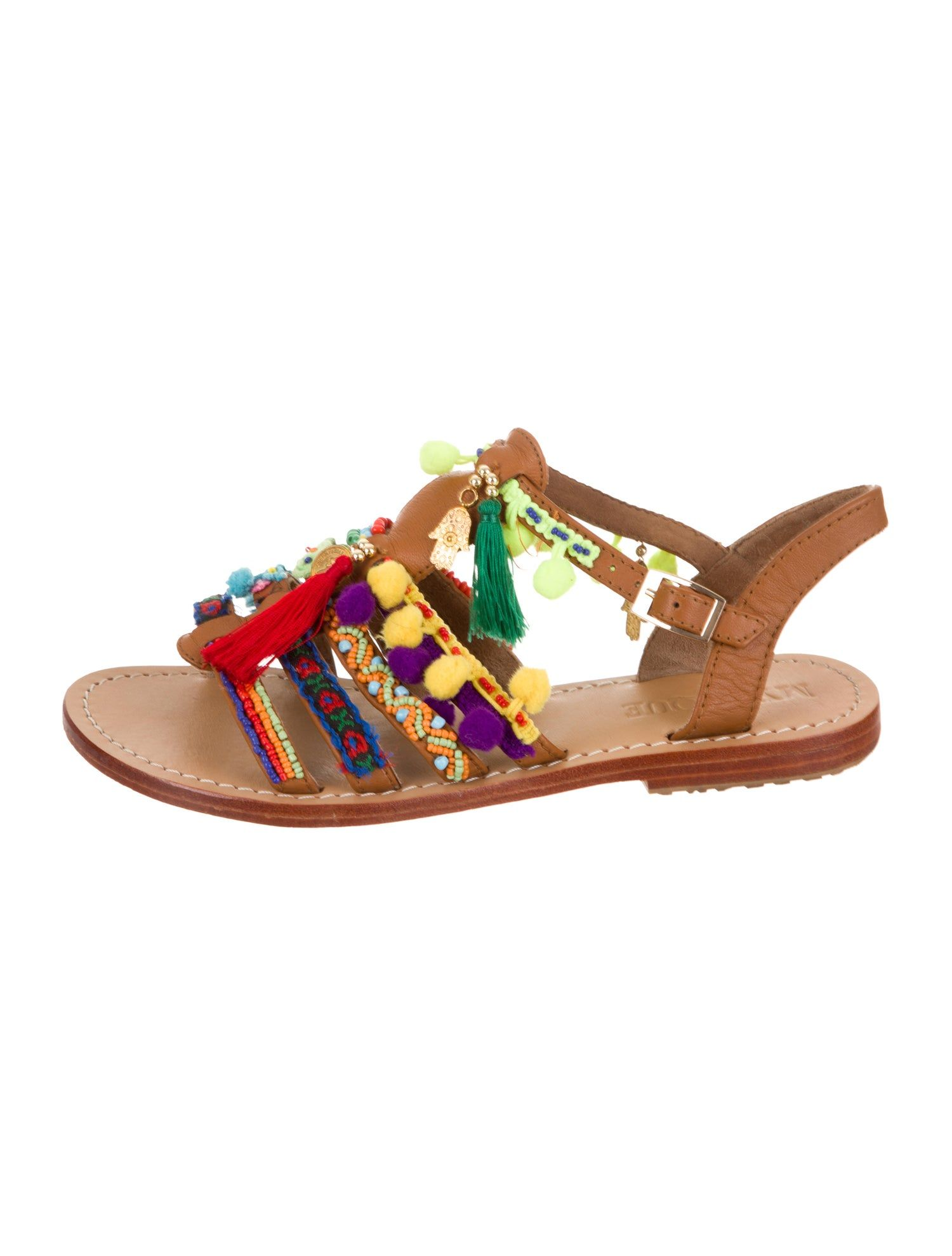 Leather Embroidered Sandals in 2019 | Mystique sandals