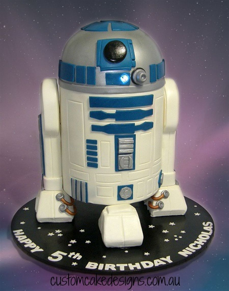 R2d2 Star Wars Cake This R2d2 Cake Was Made For Nicholas Who Is Turning 5 This Weekend And A Huge Fan Of Star W Star Wars Cake Star Wars Birthday Cake