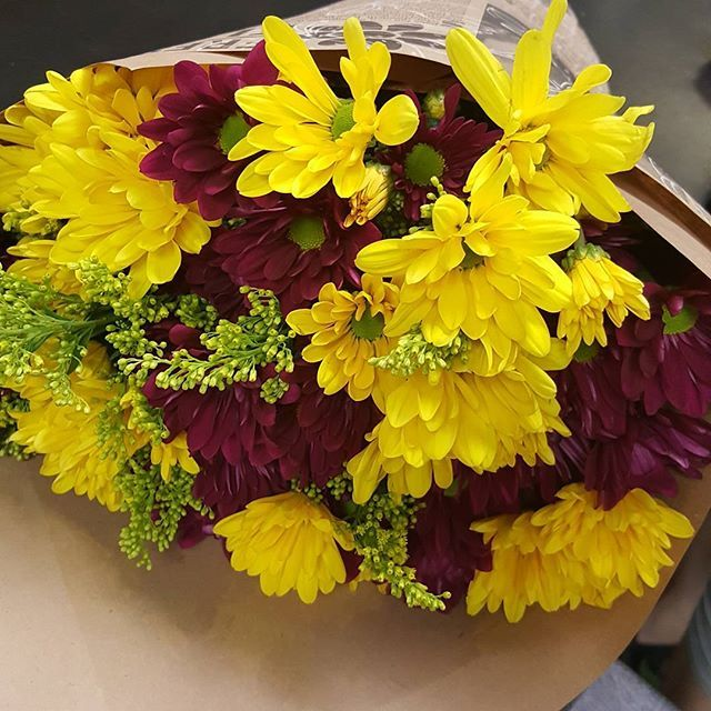 A customers mix and match 3 for $20 flower bouquet !! Someone must ...