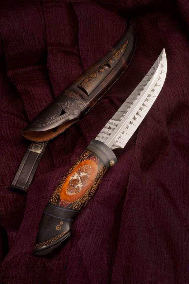 The Leader In Custom Knives Solvang California Mech Damask Klinok