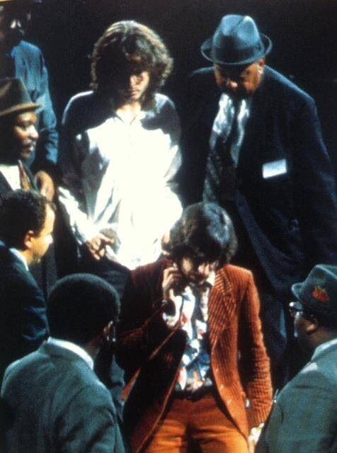 Jim Morrison arrested at New Haven Arena, 1967. | Jim morrison, The doors  jim morrison, Jim