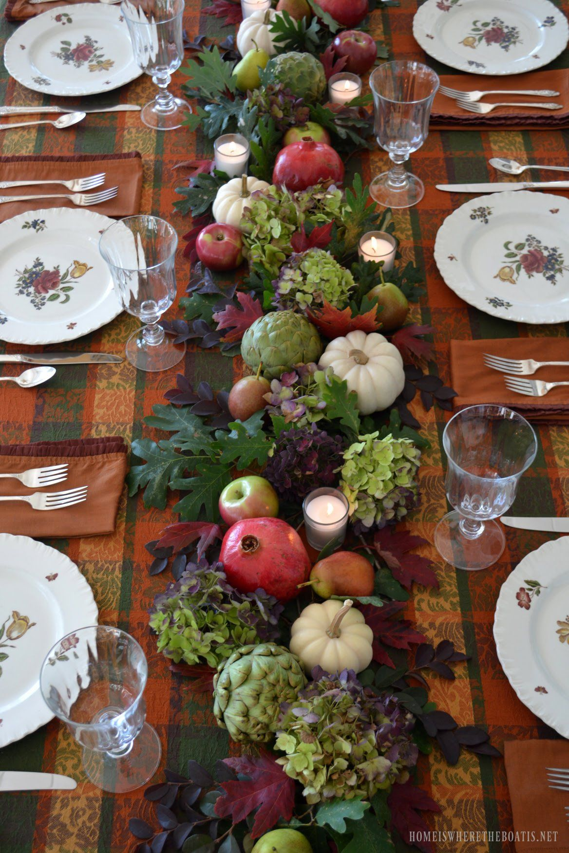 How the Tables Turned 2016 Year in Review Holiday table