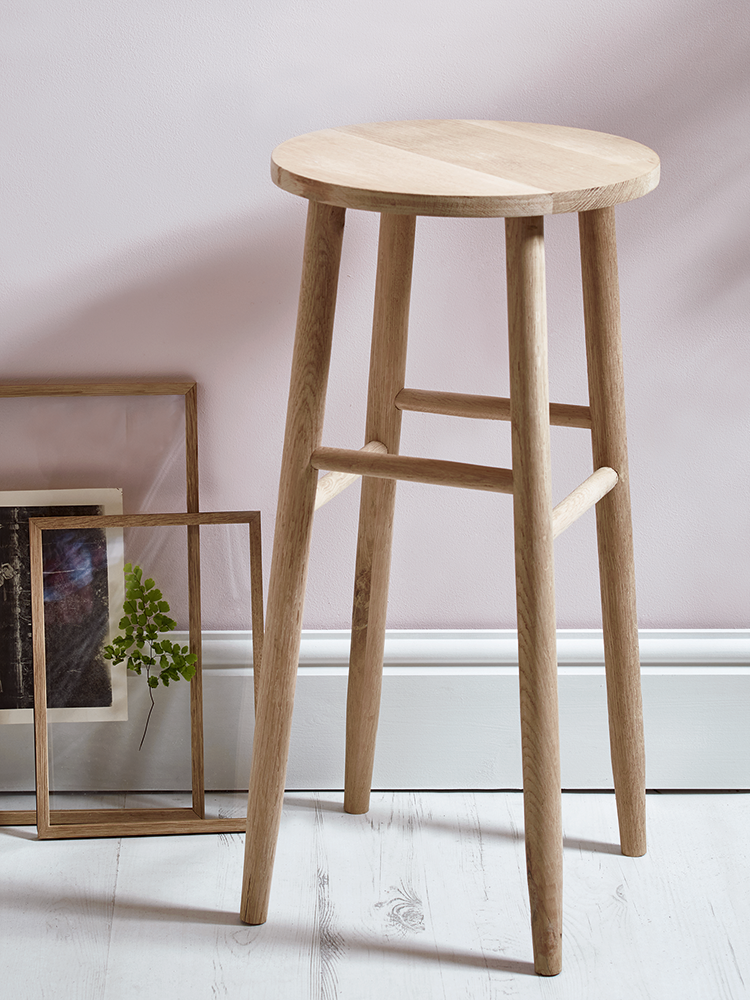 Carefully handcrafted from sustainable and responsible raw oak our contemporary round topped stool features visible