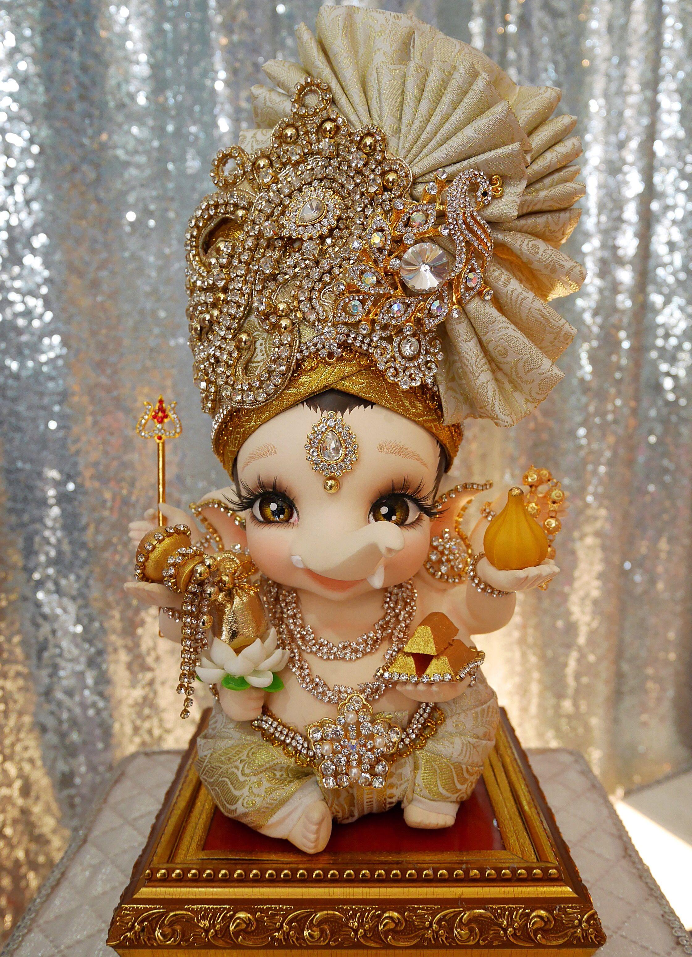 Pin By Chandrakala On Ganesh Baby Ganesha Ganesha Pictures Lord Ganesha Paintings