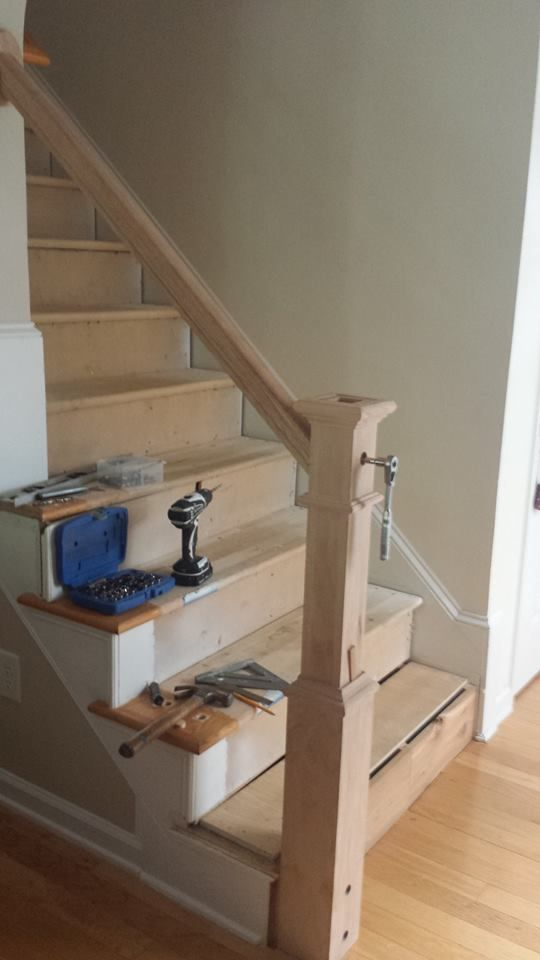 Best Fitting The Newel Post And New Rail No Surface Nails 640 x 480