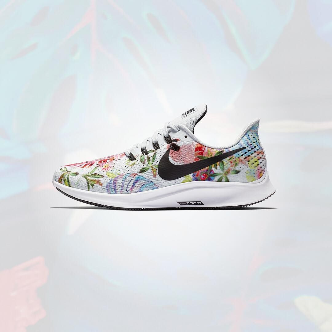 best authentic 1e475 658f2 Nike Air Zoom Pegasus 35 GPX RS shoes. Stylish flower tropical print on  sneakers.