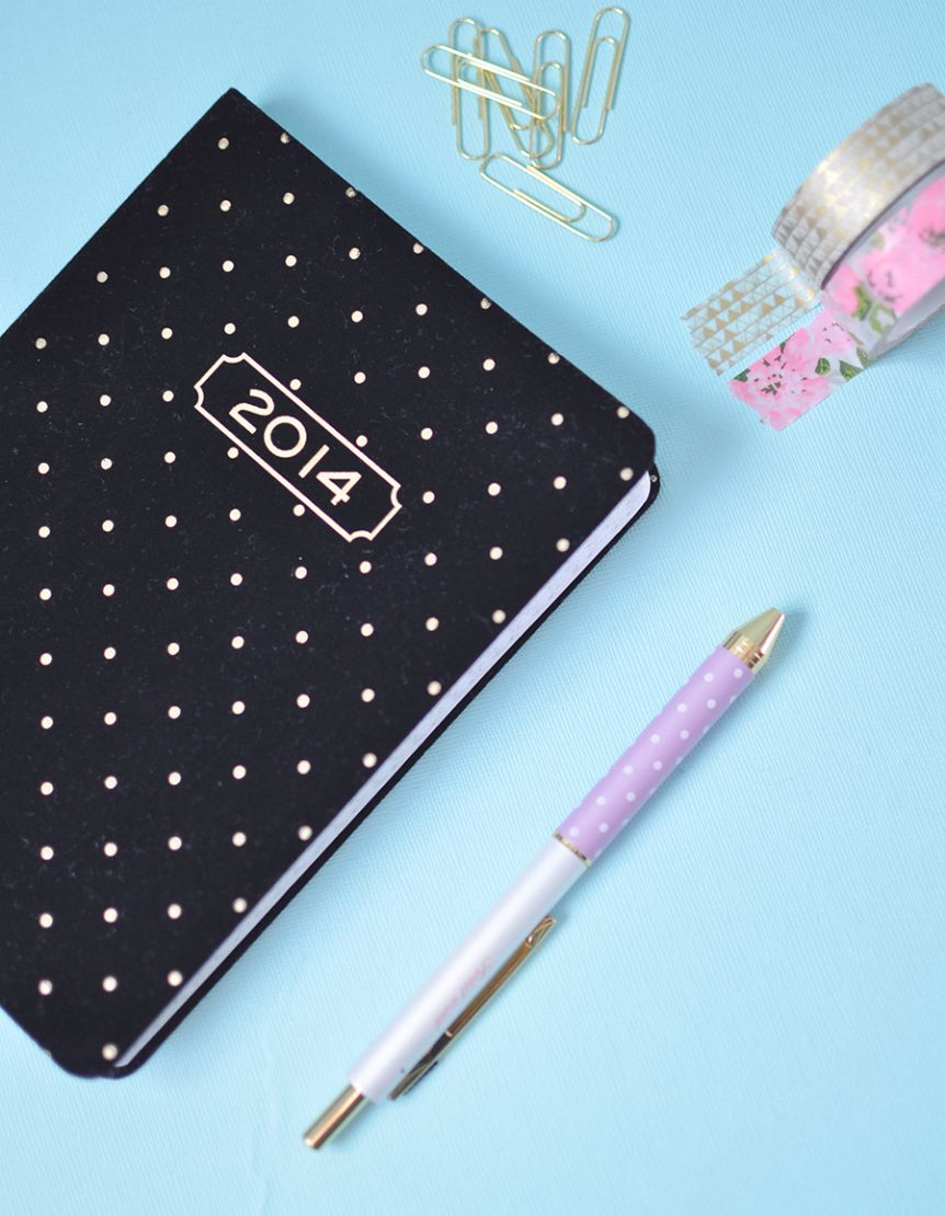 2014 planner gold polkadots