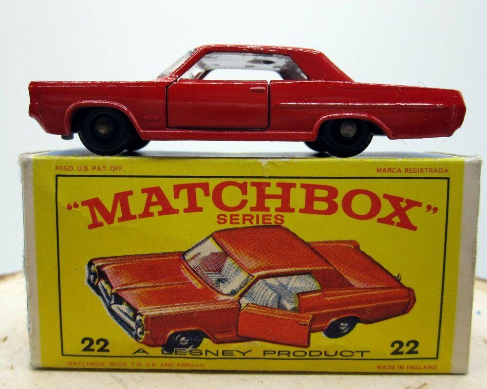 Vintage 1960s Matchbox Lesney 22 Red Pontiac Coupe Car
