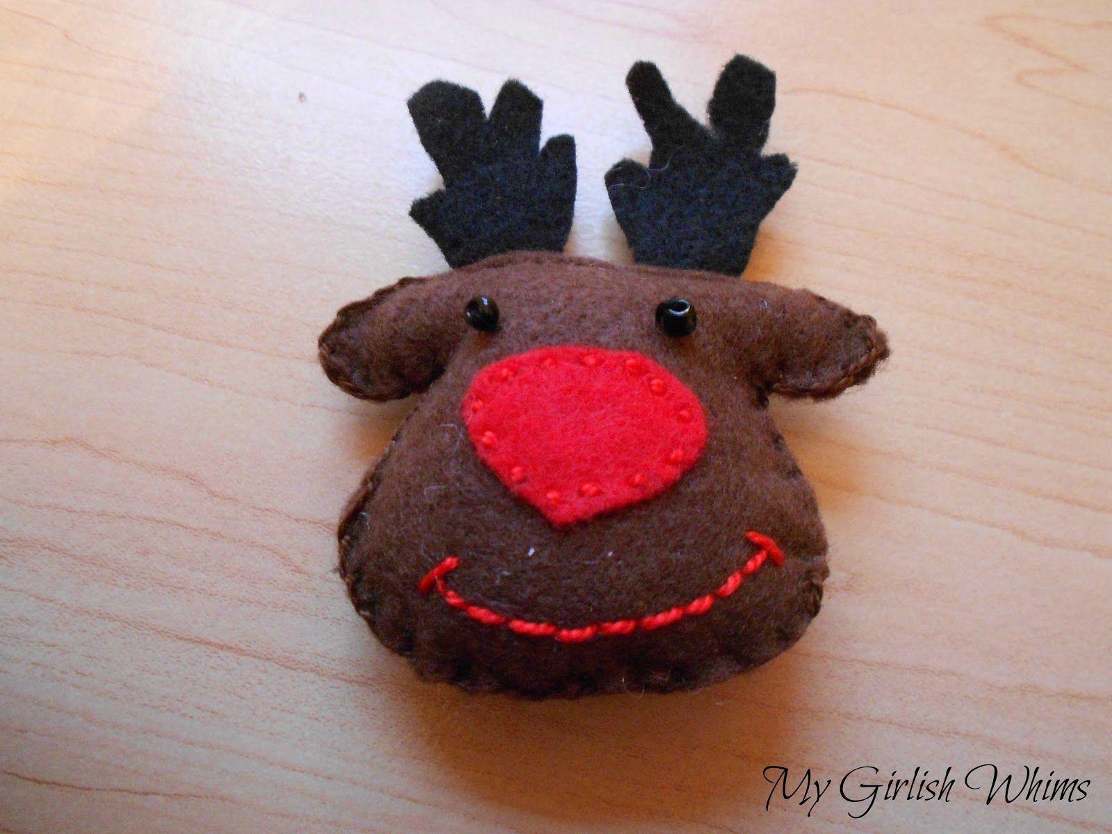 Felt Reindeer Ornament My Girlish Whims Felt Christmas Ornaments Reindeer Ornaments Christmas Ornament Crafts