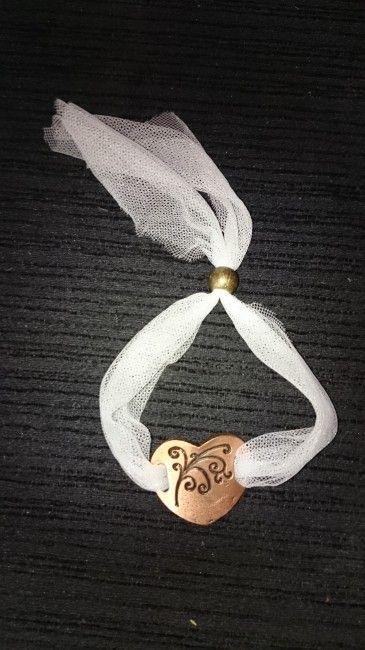 pulsera para hermana o damas de honor hechas con retales del mismo