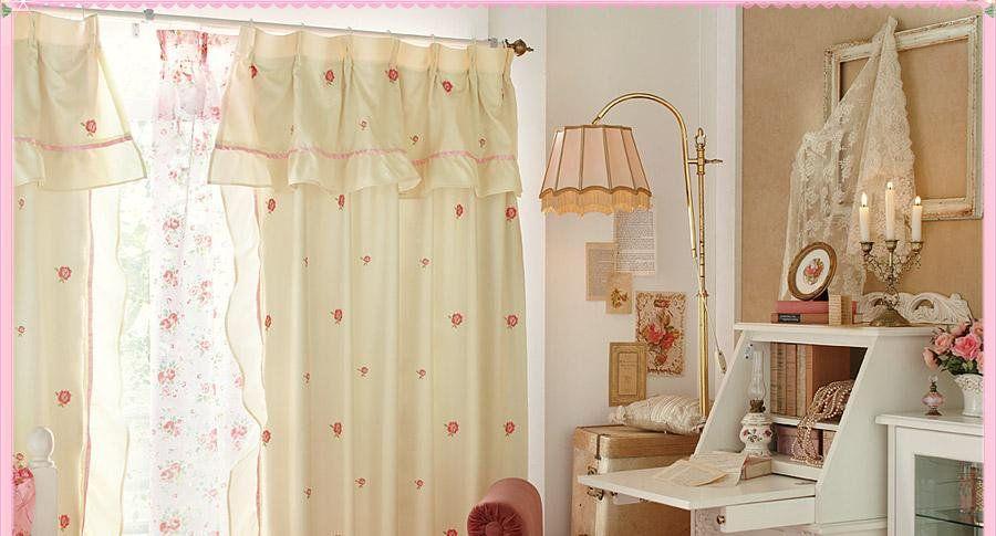 """女の子らしい部屋作り♡ on Twitter: """"小花柄のカーテンで明るい気持ちに、女の子の勉強部屋♪ https://t.co/5FIELCVNYk"""""""