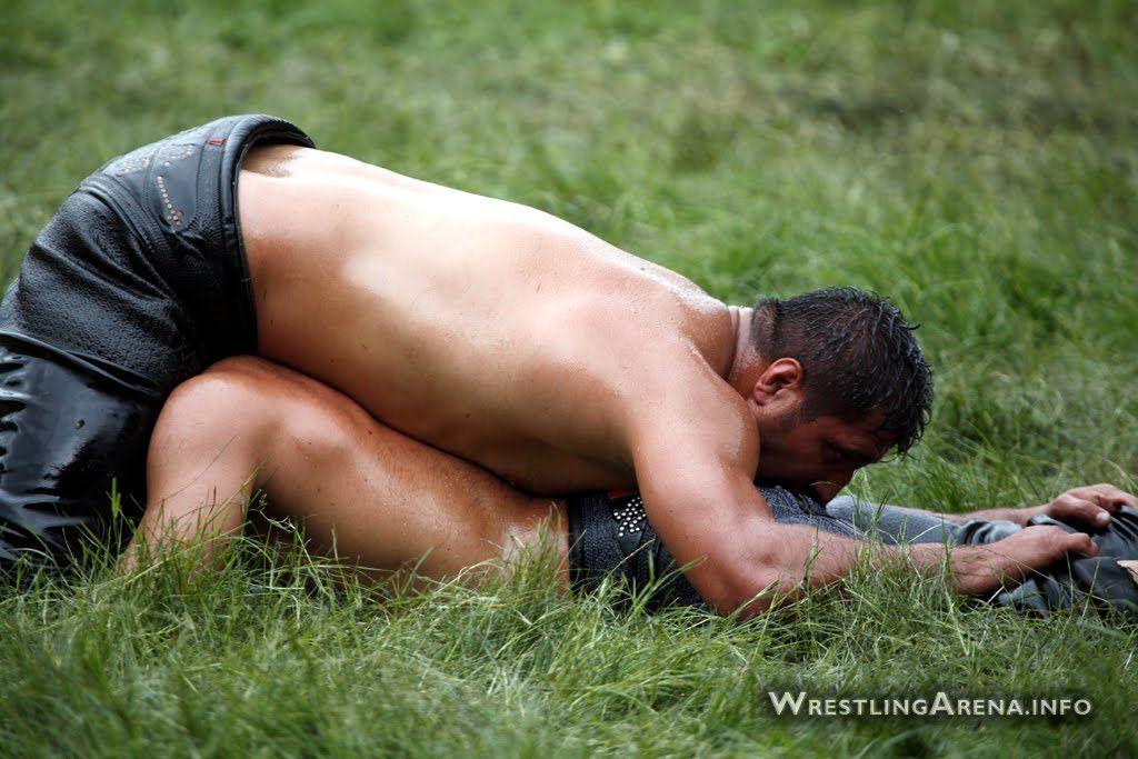 Amateur college oil wrestling pictures