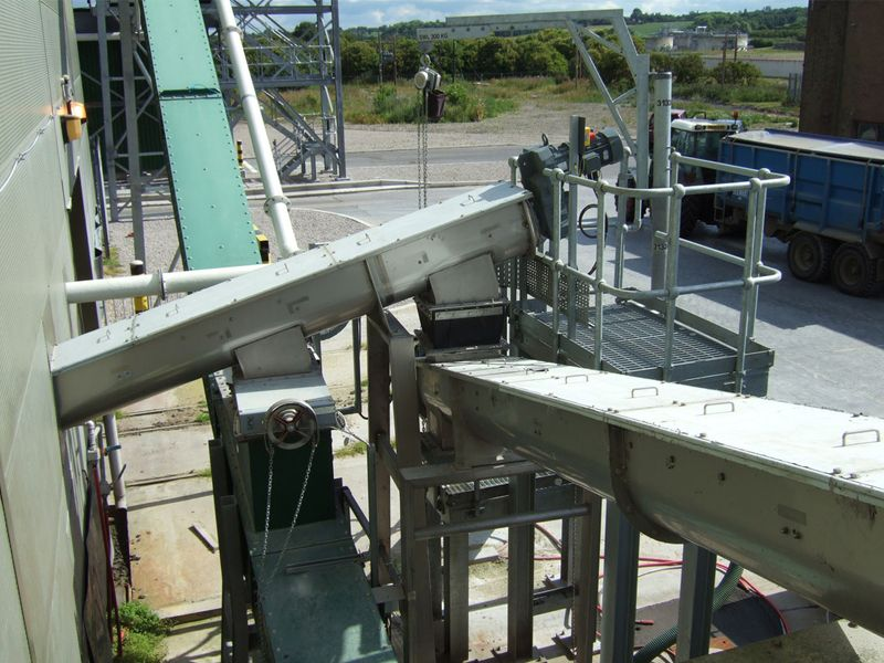U-type Screw Conveyor is one kind of screw conveyor produced by Henan Pingyuan Mining Machinery Co., Ltd