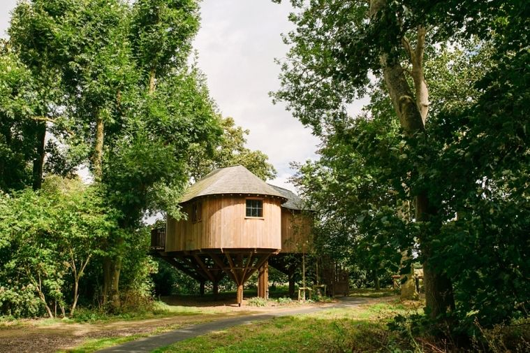 The Treehouse At Woodlands Wedding Venue Leicestershire