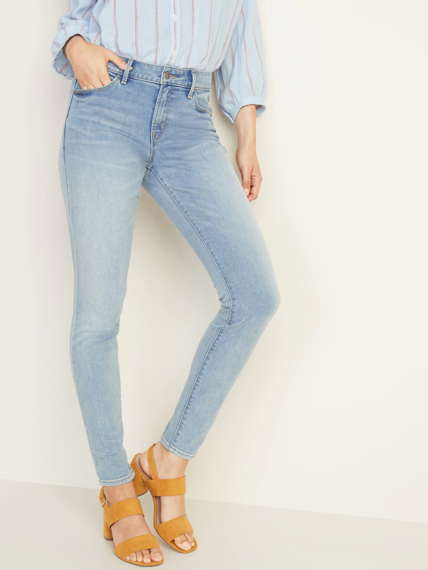 Old Navy Womens Size 4 or 8 Light Blue Wash Short Denim Jean Skirt New