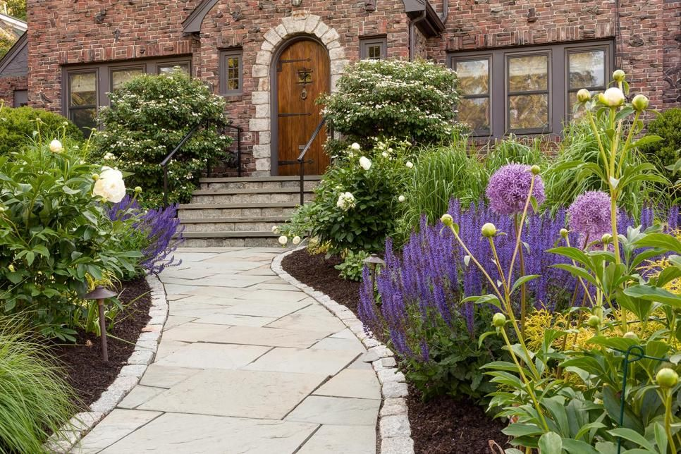 40 Beautiful Paths And Walkways Ideas For Creating Walkways In Your Landscape Hgtv In 2020 Curb Appeal Hardscape Backyard Landscaping