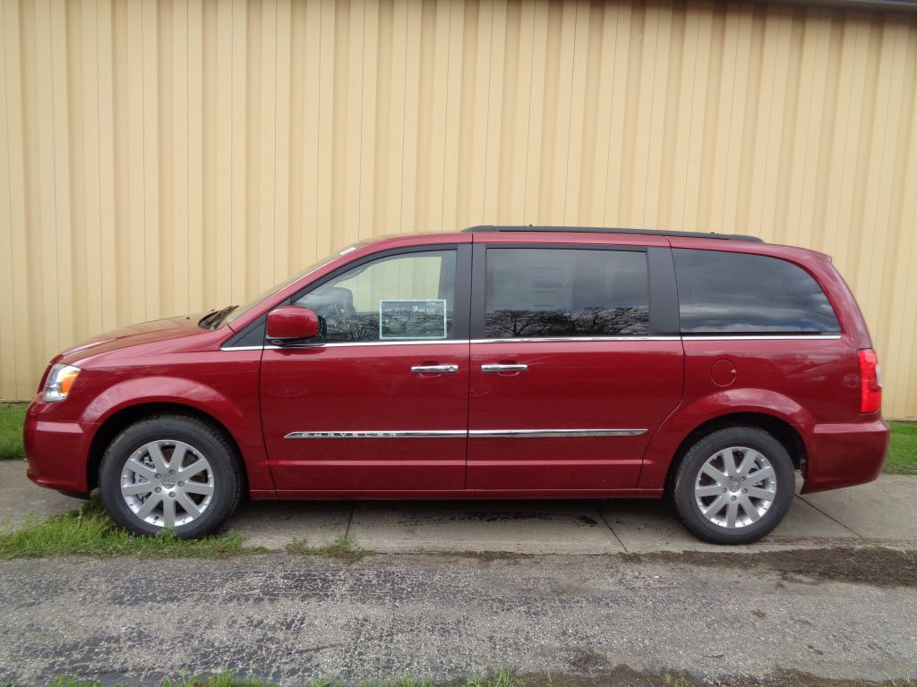 Check out this week's #Vehicle Spotlight: #Chrysler Town ...