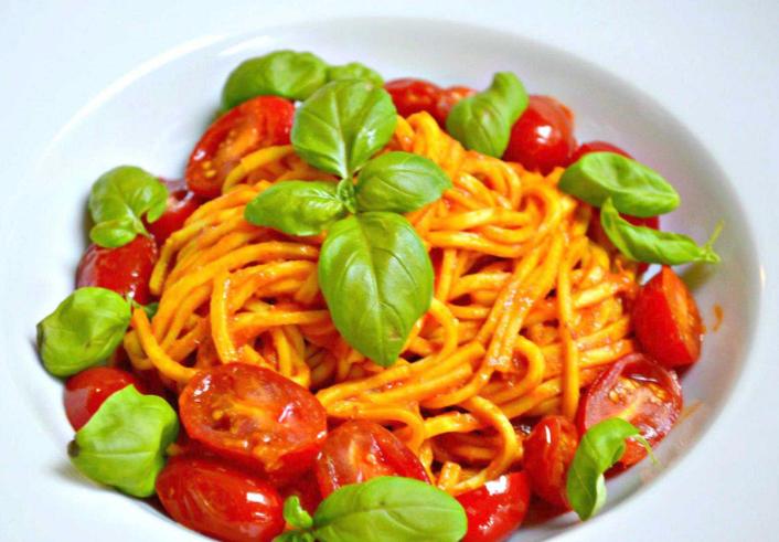 zuppa di pollo con spaghetti per dimagrire