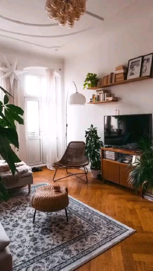 Welcome to My New Tiny Apartment! [mini tour]