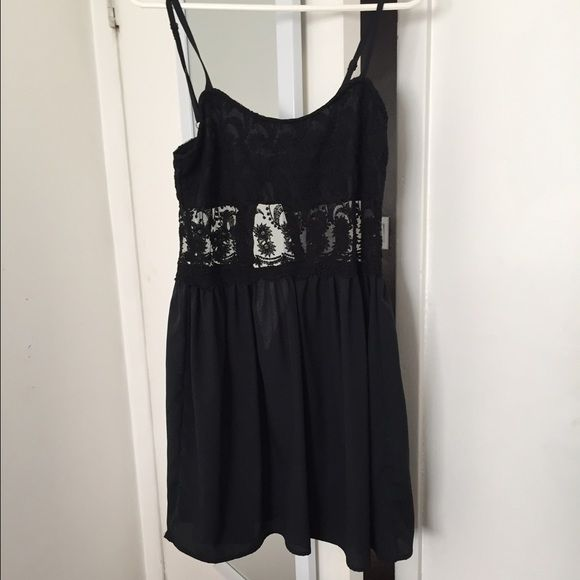 Black dress Black lace dress. Never worn. Size M. Fits like a small Dresses Mini
