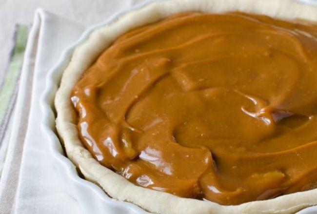 Slow cooker caramel pie delicious in a graham cracker for Crock pot thanksgiving dessert recipes