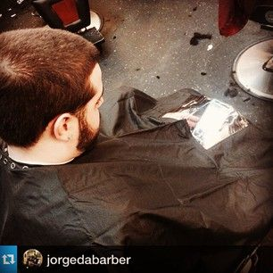 #Repost @ jorgedabarber  This iCape was purchased as a gift by his client! Clients love being able to stay connected while getting their hair styled.  Back ‪#iCape or preorder yours on ‪#Kickstarter at http://kick.icape.biz/ ‪#barber #barbershop #hairstylist #salon #StayConnected