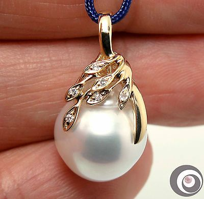 Top Mirror Luster White South Sea Pearl Diamonds & 14k Gold Designed Pendant NR https://t.co/5CExbUk1UO https://t.co/ZRvjlSo0xR